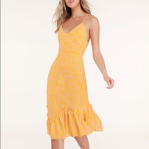 Lulus Flirty Fleurs Yellow Floral Print Midi Dress